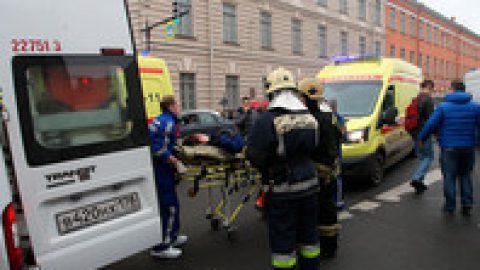 Состояние одного из пострадавших при теракте в Петербурге ухудшилось до крайне тяжелого