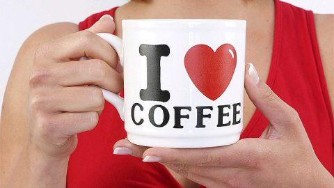 Кофе для долгой жизни незаменим, а рано ложиться спать необязательно
