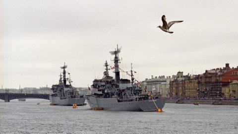 Участвующие в Параде Победы корабли зайдут в Петербург к 1 мая