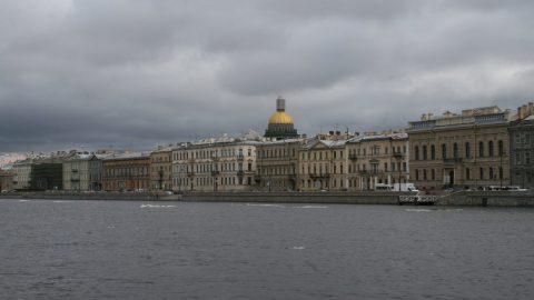 Петербург сегодня накроет ураганом