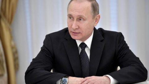 Путин поздравил пожарных и Киркорова