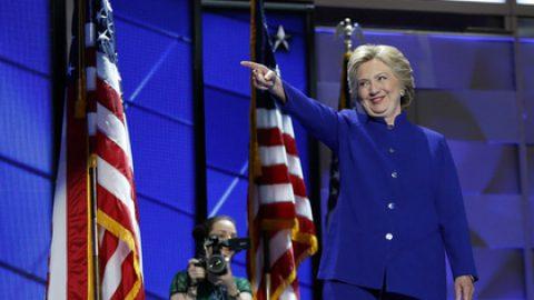 Клинтон призвала Вашингтон вывести из строя ВВС Сирии