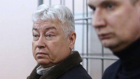 Главу Татфондбанка заподозрили в незаконном выводе 847 миллионов рублей