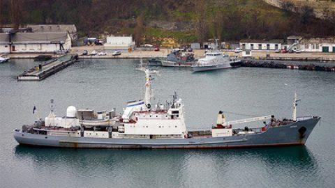 Турецкие СМИ опубликовали фотографии спасения экипажа тонущего «Лимана»
