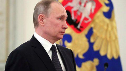 Путин обсудил взрыв в петербургском метро с директором ФСБ