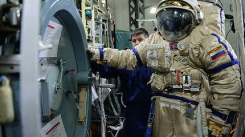 Источник сообщил об уходе еще нескольких человек из отряда космонавтов