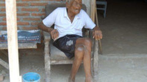В Индонезии умер человек, утверждавший, что ему было 146 лет