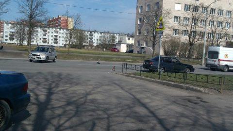 Абсурдное ДТП в Красном Селе попало на видео