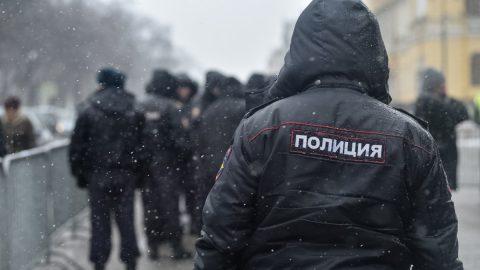 51-летний житель Волхова подозревается в насилии над 4-летней девочкой