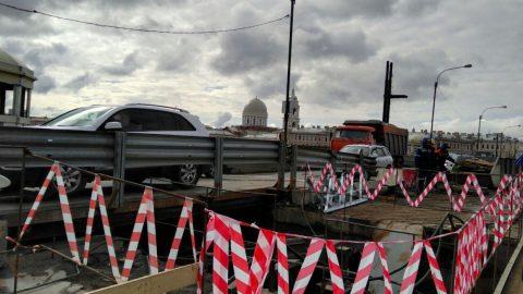 С 20 мая Тучков мост будут закрывать в ночное время