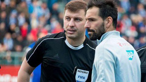 Матч между «Зенитом» и «Локомотивом» обслужит Михаил Вилков