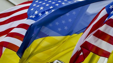 """Политолог: планы США приведут к """"большому трауру"""" на Украине"""