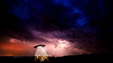 Австралийцу удалость заснять на видео НЛО