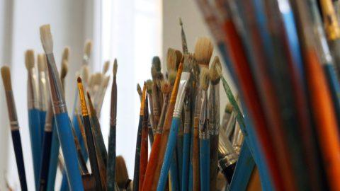В Приморском районе пройдёт мастер-класс по росписи на камне для детей