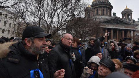 После референдума о лишении мандатов оппозиционных депутатов последует изгнание петербуржцев из города