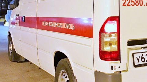 В Ленобласти 2-летняя девочка получила ожоги, опрокинув на себя чайник с кипятком