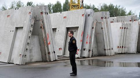 «Муринский» упал до полумиллиарда // Завод ГК «УНИСТО Петросталь» пытаются реализовать уже через процедуру банкротства
