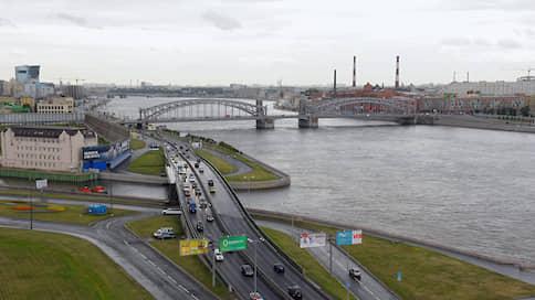 Заклятые соистцы // «Газпром нефть» пытается оспорить приказ Минкульта по Охтинскому мысу