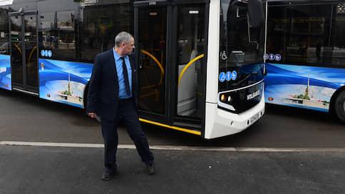 Ренессанс транспортной реформы // Власти надеются заключить новые контракты с компаниями на падающем рынке автобусных перевозок